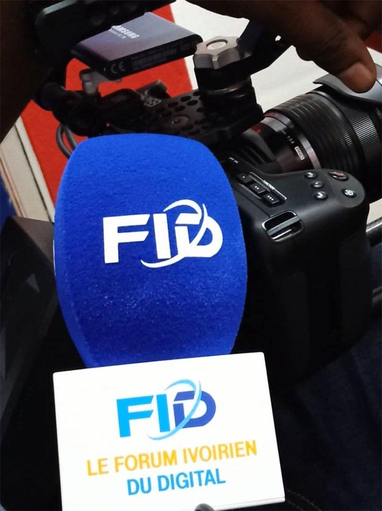 PB Europe fournit les bonnettes et flags pour le FID - Forum Ivoirien du Digital